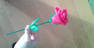 Проектная работа по технологии Букет роз из гофрированной бумаги.